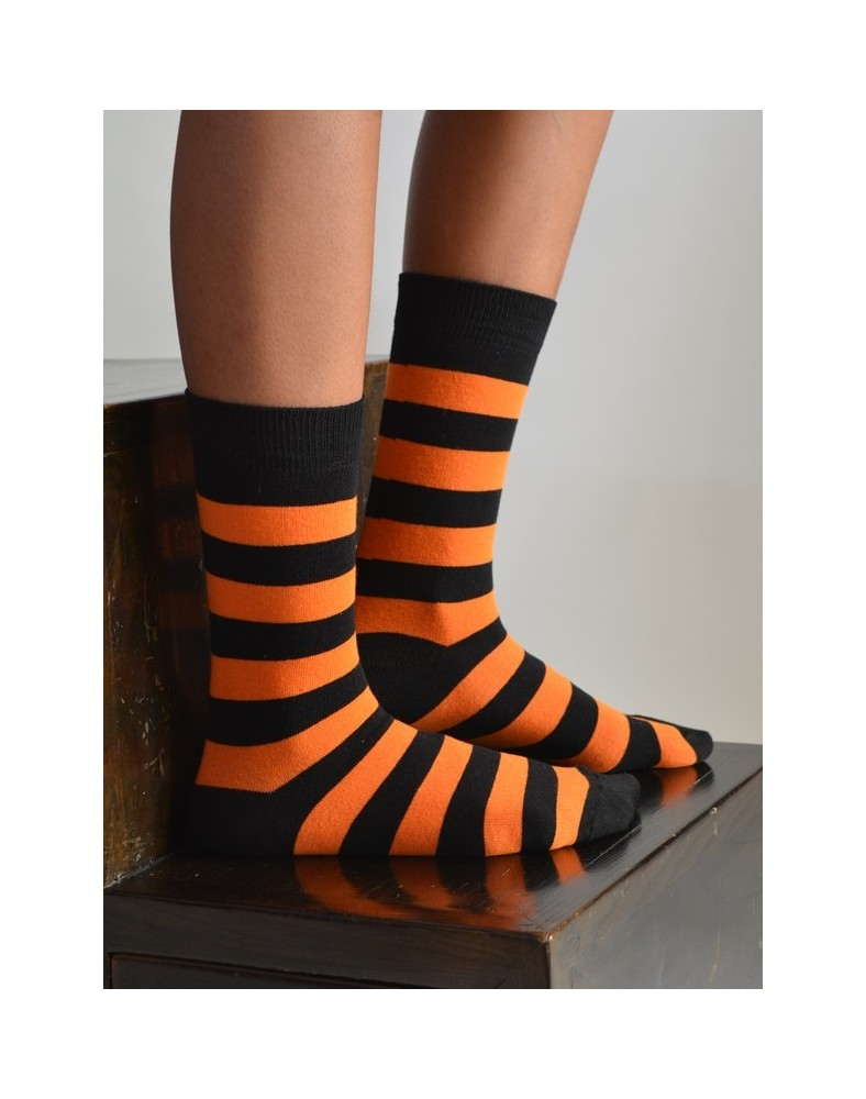 chaussettes rayures coton orange et noires. Black Bedroom Furniture Sets. Home Design Ideas