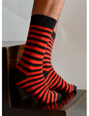 Chaussettes Rayures noires et rouges