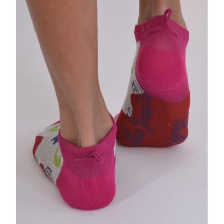 Socquettes Berthe aux grands pieds fil d'ecosse fleuries dos