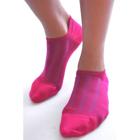 Socquette Berthe aux grands pieds en soie FUSHIA