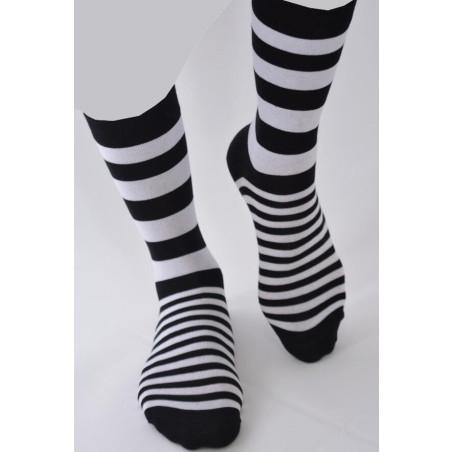 Chaussettes rayures Noires tendances