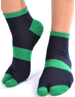 Chaussettes ninjas noires doigts verts