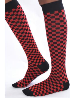 Mi bas rouges et noires à carreaux macahel