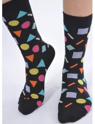 chaussettes noires délires géométriques