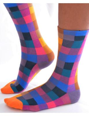 Chaussettes à carreaux rigolos de couleurs