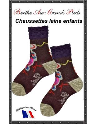 Chaussettes Layette en laine Berthe aux grands pieds plumes