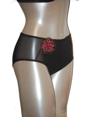 Empreinte rose culotte noire